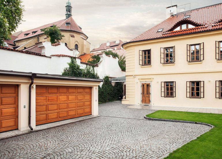 Architectural photography from Kampa house, Prague by Roman Mlejnek, exterior.
